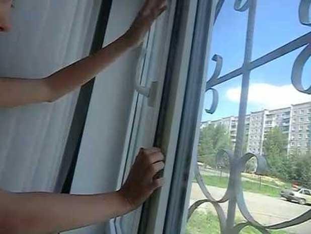 Что делать, если пластиковое окно сломалось и не закрывается.